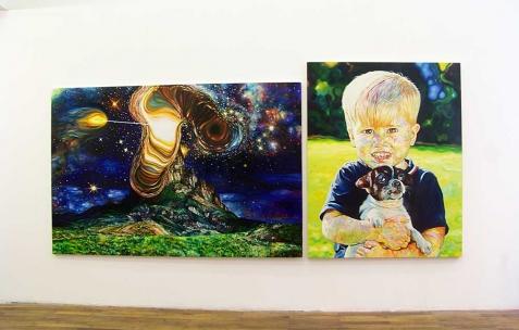 <p>(De gauche à droite) : David Morel, <strong><em>Cosmic 3</em></strong>, 2010, huile sur toile, 130x195cm, <strong><em>mars 1981</em></strong>, 2006, huile sur toile, 145x116cm. Vue de l&rsquo;exposition <em>Cadeau d'anniversaire n°1</em>, Néon, Lyon, 2010. Photo : JAC / Néon.</p>