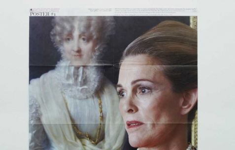 <p>Hugo Tillman pour <em>Broadcast Posters #1</em>, 2007, tirage numérique, couleur, recto verso, 50&#215;32,5cm . Vue de l&rsquo;exposition <em>Broadcast Posters</em>, Néon, Lyon, 2010. Photo : Maxime Rizard / Néon.</p>