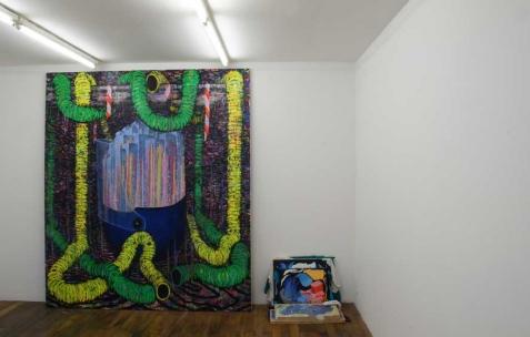 <p>Simon Bergala, <strong><em>City shell 3</em></strong>, 2009, peinture à l'huile sur toile, 230x220cm. Vue de l'exposition de Simon Bergala, Néon, Lyon, 2011. Photo : JAC / Néon.</p>