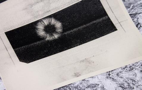 <p>Luca Monterastelli,<em>Very small deal #5<strong>, Rocaille</strong></em> (détail), 2012, photocopie, A4, 60 exemplaires, numérotés et signés. Photo : Valentin Defaux / Néon, 2016.</p>