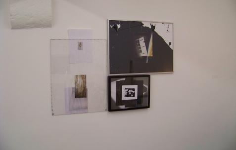<p>Jean-Alain Corre, <strong><em>La porte de la matrice ++,</em></strong> 2009, matériaux divers, dimensions variables. Vue de l'exposition <em>Mineral Murder,</em> Néon, Lyon, 2009. Photo: JAC.</p>